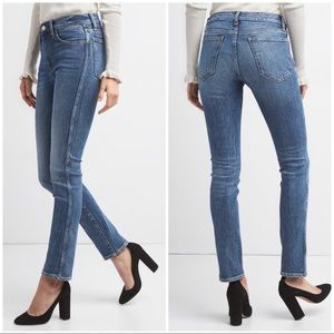 GAP High Rise Slim Straight Ankle Jeans Size 28